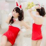 ชุดกระต่ายสีแดง ผ้ายืดสเปนเดกซ์ แต่งขนนุ่มๆ สายเดี่ยวปรับระดับได้ มีจีสตริง หูกระต่าย ปอกคอ ปอกแขน ยาว 68 ซ.ม. กว้าง 36 ซ.ม.