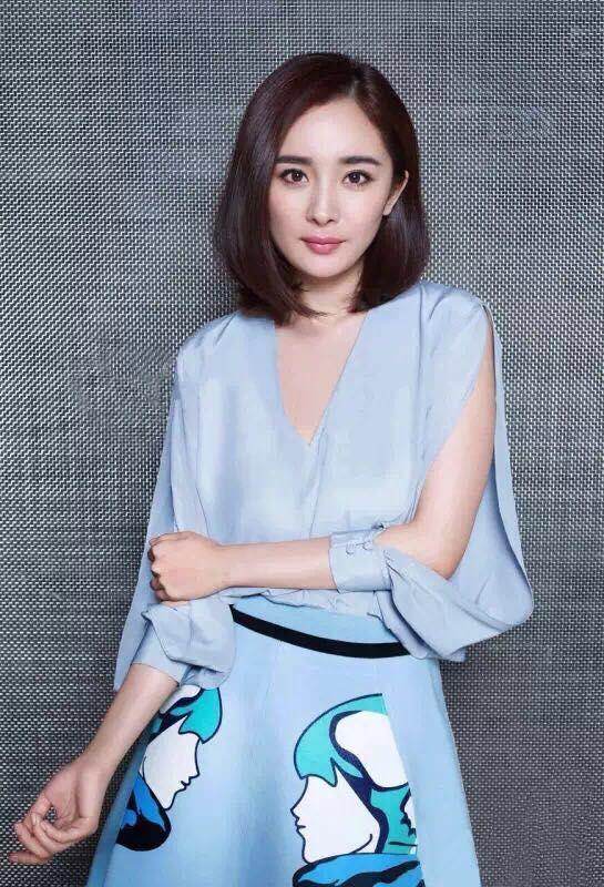 แฟชั่นเกาหลี set เสื้อ และกระโปรงสวยสุดๆ ครับ