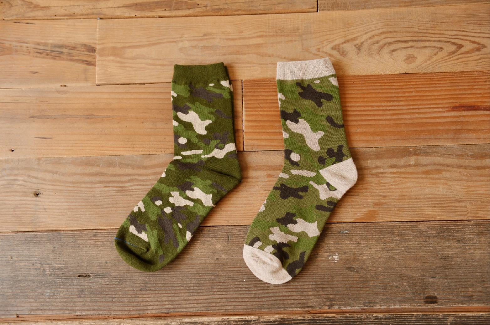 S313**พร้อมส่ง**(ปลีก+ส่ง) ถุงเท้าข้อยาว แฟชั่นเกาหลี มี 12 คู่ต่อแพ็ค พร้อมกล่อง เนื้อดี งานนำเข้า(Made in China)