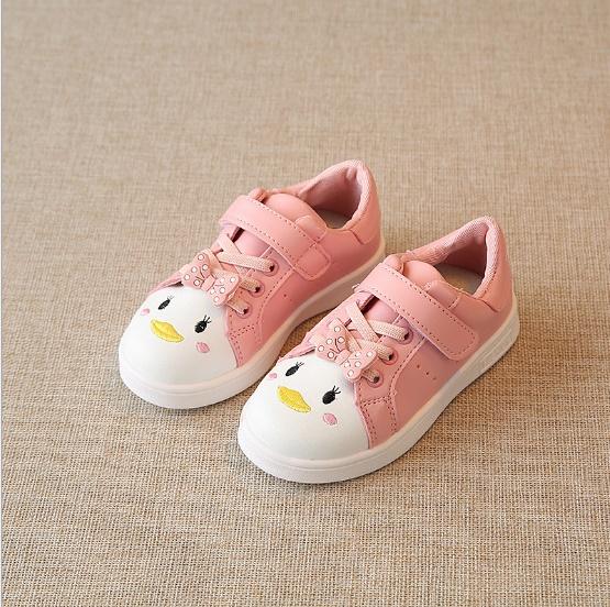 รองเท้าผ้าใบแบบแปะเมจิกเทป แต่งโบว์กับลายปักการ์ตูน สีชมพู