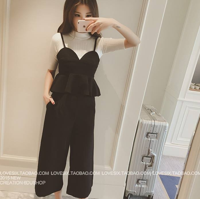 แฟชั่นเกาหลี set เสื้อ และกางเกงสุดสวย ผ้าเนื้อนิ่มยืดหยุ่นได้ดี