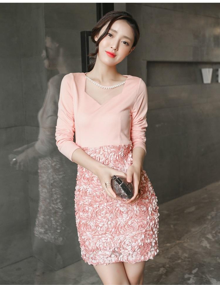 ชุดเดรสสวยๆ ผ้าคอตตอนผสม spandex เนื้อนิ่มมาก แขนยาว สีชมพู คอวี