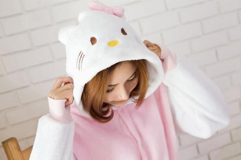 ชุดเต็มตัว-คิตตี้ (Hello Kitty)