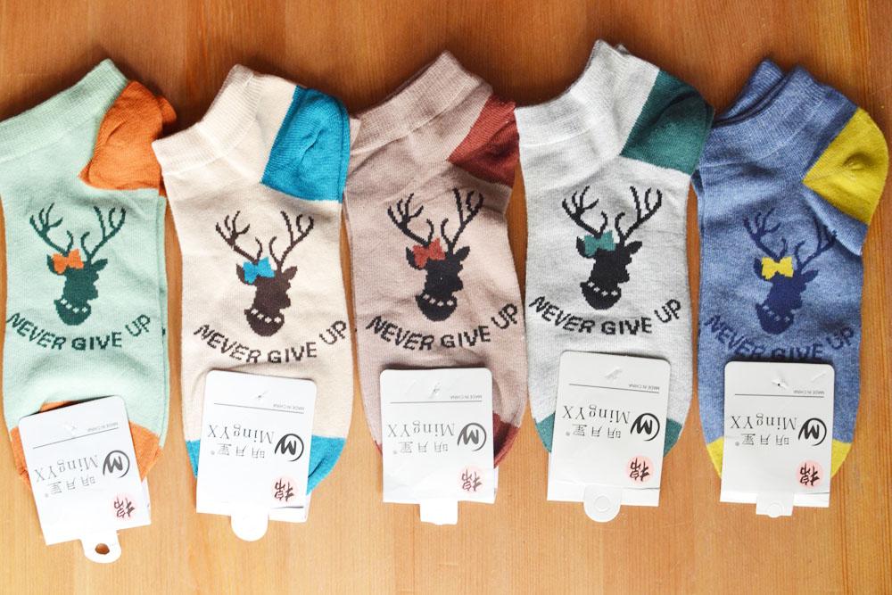 S567 **พร้อมส่ง** (ปลีก+ส่ง) ถุงเท้าแฟชั่น ข้อตาตุ่ม คละ5 สี เนื้อดี งานนำเข้า มี 10 คู่ต่อแพ็ค
