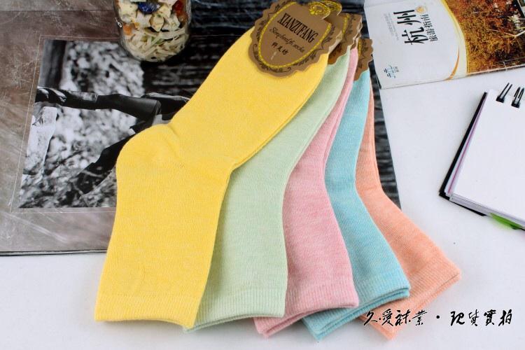 S363 **พร้อมส่ง** (ปลีก+ส่ง) ถุงเท้าแฟชั่นเกาหลี ข้อยาว คละ 5 สี มี 10 คู่/แพ็ค เนื้อดี งานนำเข้า(Made in China)