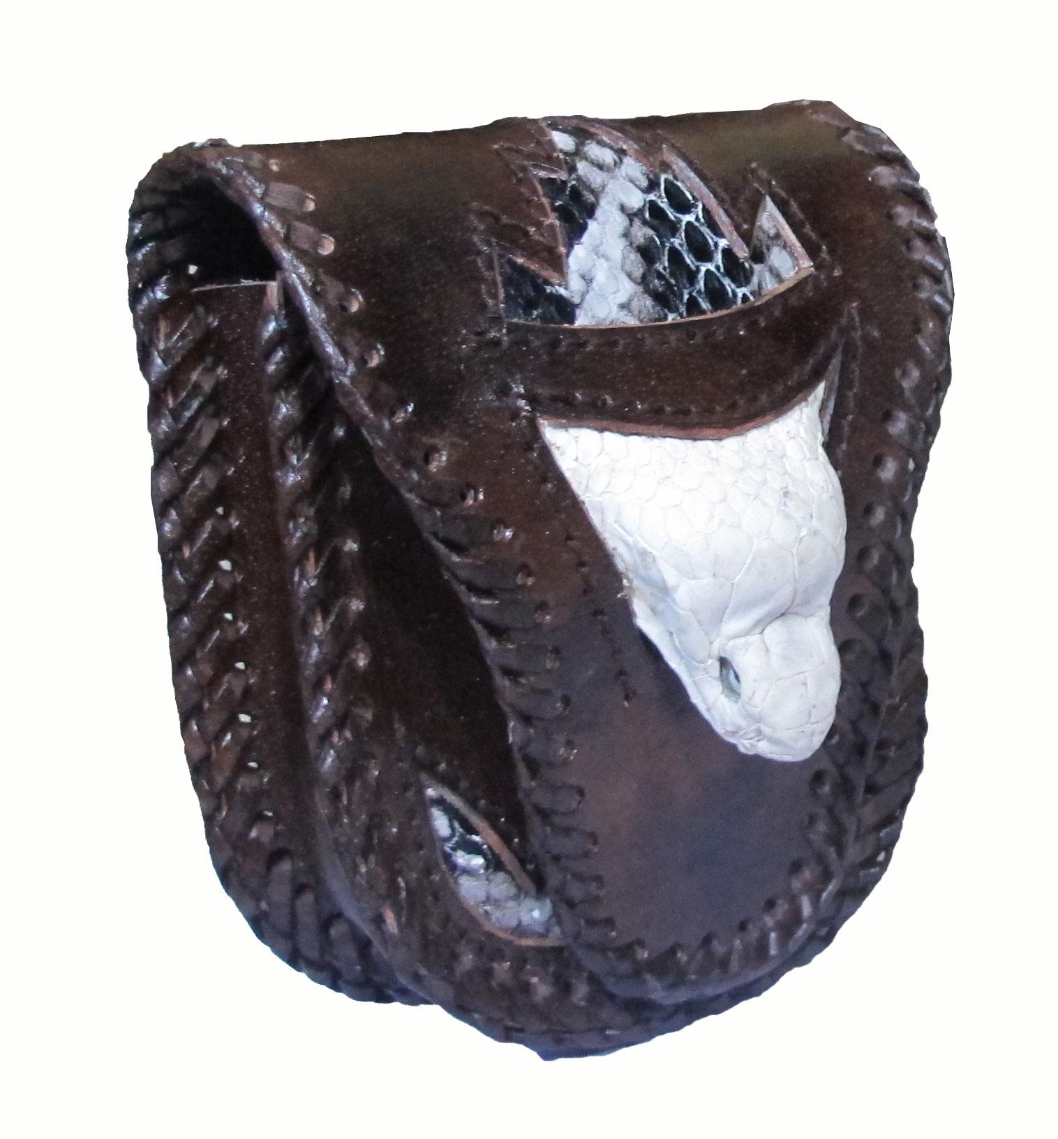 กระเป๋าใส่ซองบุหรี่ ดีไซน์ที่แตกต่าง หัวงูแท้ ไม่เหมือนใคร