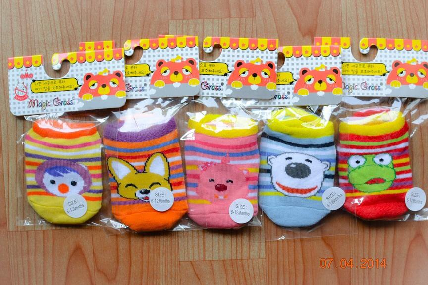 U029-2**พร้อมส่ง** (ปลีก+ส่ง) ถุงเท้าเด็ก วัย 6-12 เดือน ลายการ์ตูนน่ารัก พื้นมีกันลื่น เนื้อดี งานนำเข้า ( Made in China)