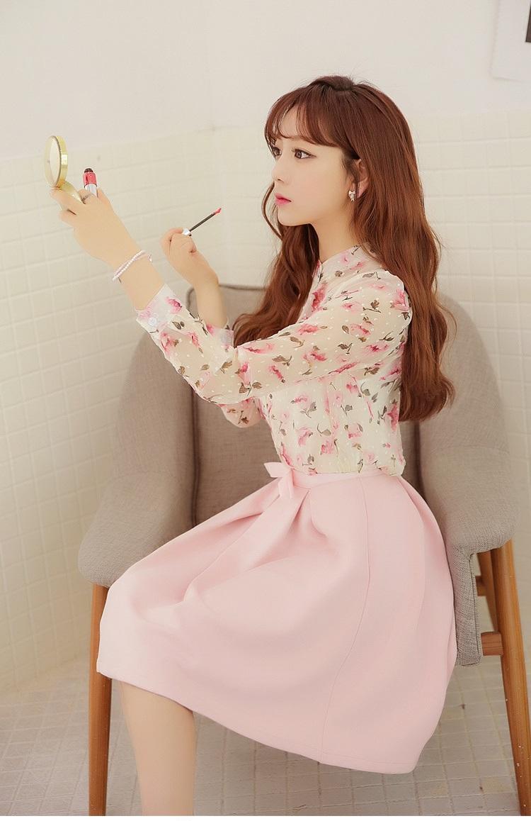 แฟชั่นเกาหลีสวยๆ set เสื้อ และกระโปรง สวยหวานมากๆ ครับ