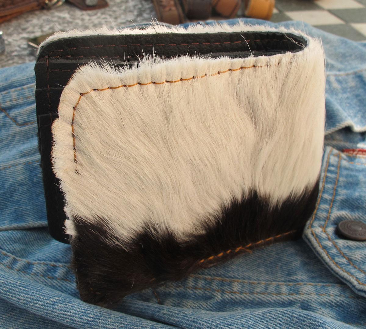 กระเป๋าสตางค์ขนวัวแท้ แบบ 2 พับ สัมพัสนุ่มมือ สุดเทห์ สไตน์ Cowboy