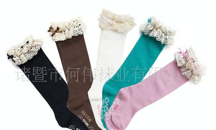 U041**พร้อมส่ง** (ปลีก+ส่ง) ถุงเท้าแฟชั่น เด็กหญิง ข้อยาว แต่งลูกไม้ เนื้อดี งานนำเข้า ( Made in China)