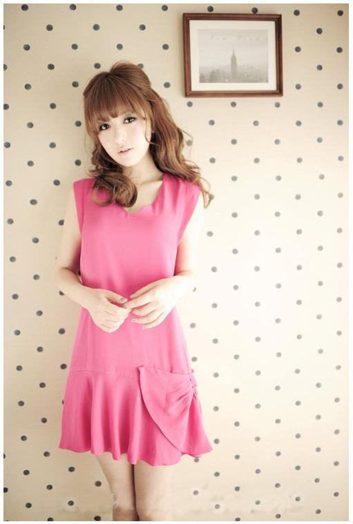DRESS ชุดเดรสแฟชั่น ผ้าไหมผสม สีชมพู สดใส คอวี แต่งชายผ้า ชุดเดรสใส่เที่ยว ใส่ทำงาน น่ารักมากๆ thaishoponline