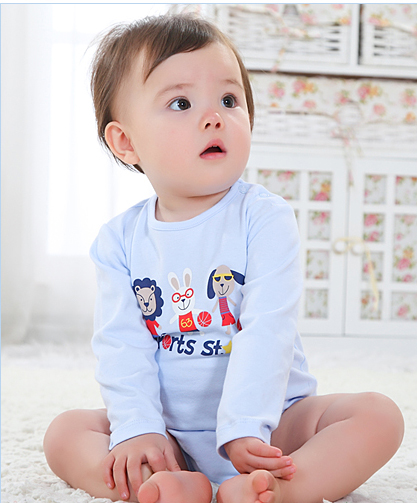 เสื้อผ้าเด็กทารก 0-6 เดือน ราคาส่งจากโรงงาน ใช้ได้ทั้งเด็กหญิงเด็กชาย ชุดนอน แขนยาวขาสั้น รหัส D191 สีฟ้า 1 ชุด ลายSport star ไซร์ 6 M (ส่วนสูง 65 cm )