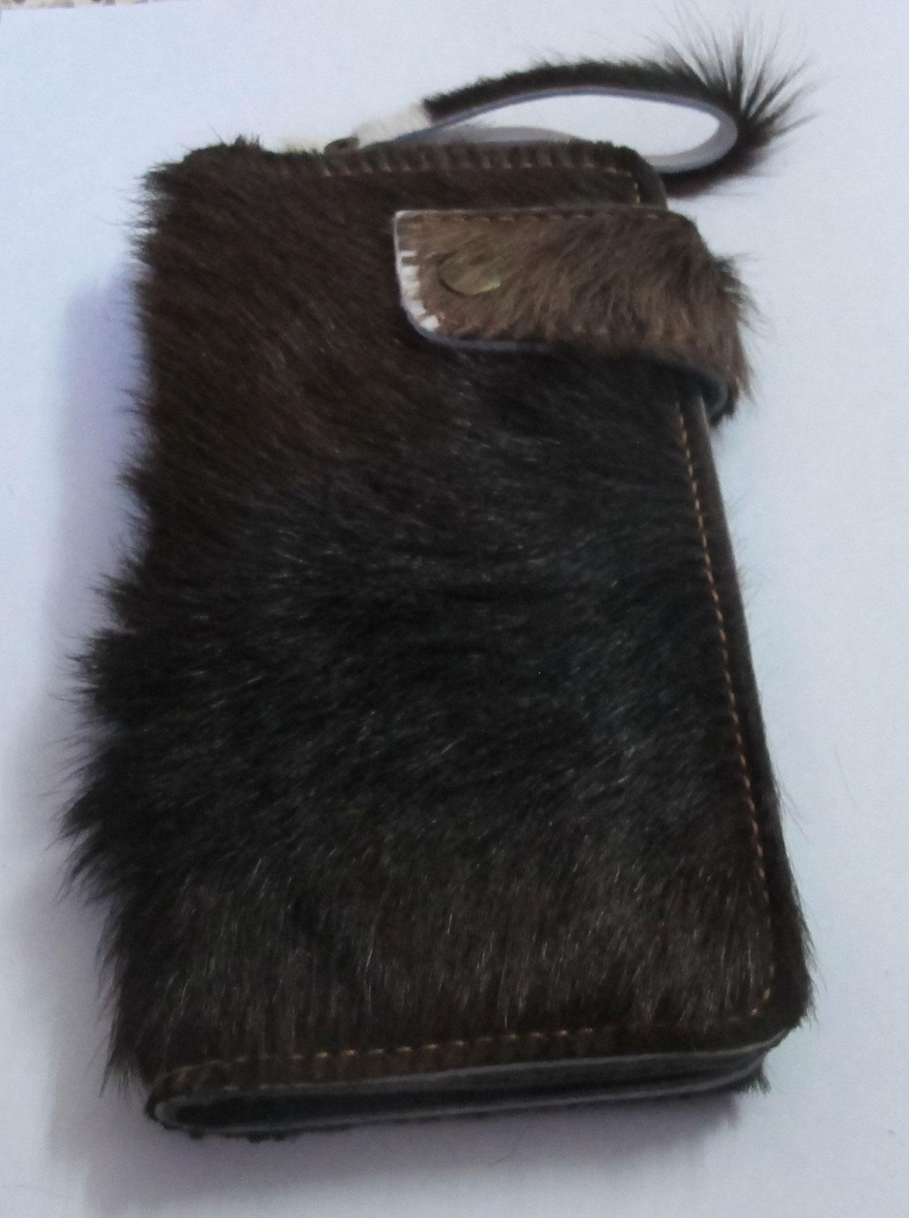 กระเป๋าสตางค์ยาว ขนวัวแท้ สัมผัสนุ่มมือ สุดเทห์ สไตน์ Cowboy
