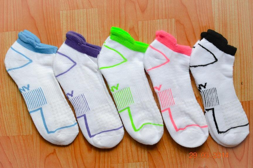 S013**พร้อมส่ง** (ปลีก+ส่ง) ถุงเท้า ข้อสั้น ด้านในฝ่าเท้าเป็นขนหนู รับแรงกระแทกได้ดี เนื้อดี งานนำเข้า ( Made in China)