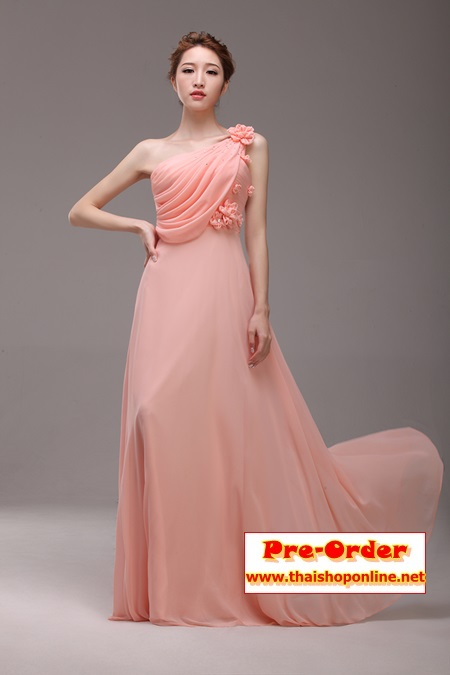Pre-Order ชุดราตรียาว ชุดราตรีสีชมพู แขนกุด ผ้าซีฟองอย่างดี ตกแต่งดอกไม้ที่ไหล่ เหมาะใส่เป็นชุดออกงาน ชุดไปงานแต่งงานมากๆ