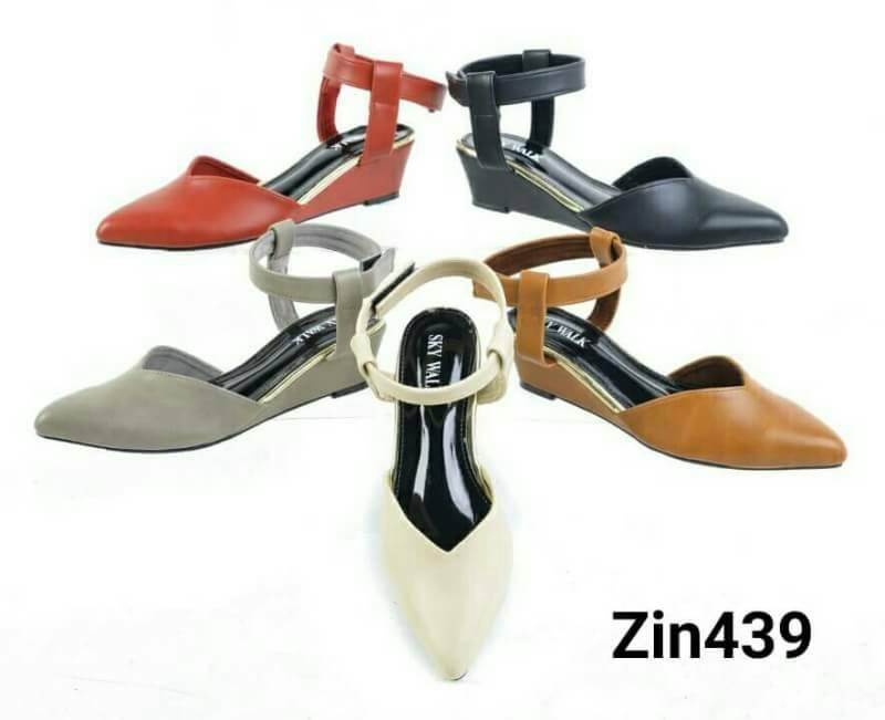 ZARA lady's shoes พร้อมส่ง รองเท้าหัวแหลมส้นเตารีด