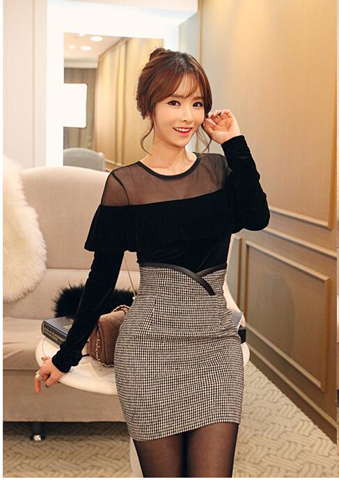 เสื้อผ้าแฟชั่นเกาหลี Set 2 ชิ้น ( เสื้อและกระโปรง)