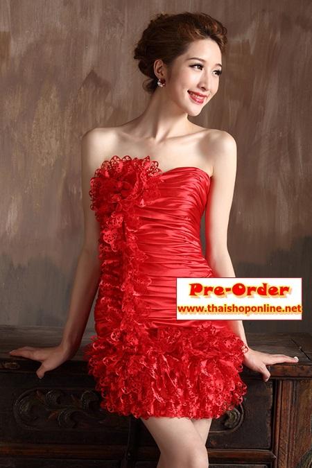 Pre-Order ชุดราตรีสั้น ชุดราตรีสีแดง เข้ารูป เกาะอก ผ้าซาตินอย่างดี ตกแต่งดอกไม้ เหมาะใส่เป็นชุดออกงาน ชุดไปงานแต่งงานมากๆ