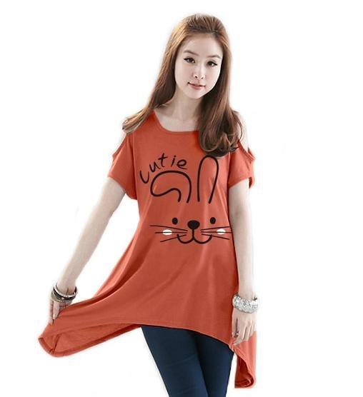เสื้อยืดแฟชั่น ตัวยาว /แซกสั้น เปิดไหล่ ผ้านุ่ม งานคุณภาพ ลาย Cutie สีส้ม
