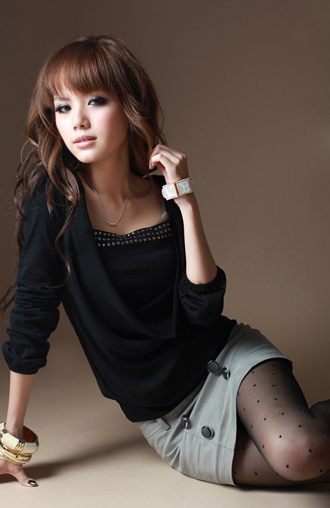 เสื้อแฟชั่นเกาหลี เสื้อผ้าแฟชั่นใส่เที่ยว ใส่ทำงาน COTTON+ผ้าชีฟอง สีดำ แต่งถ่วงด้านหน้าแฟชั่นมาใหม่ ใส่สบาย ชิวๆ น่ารักมากๆ ครับ By:thaishoponline (พร้อมส่ง)