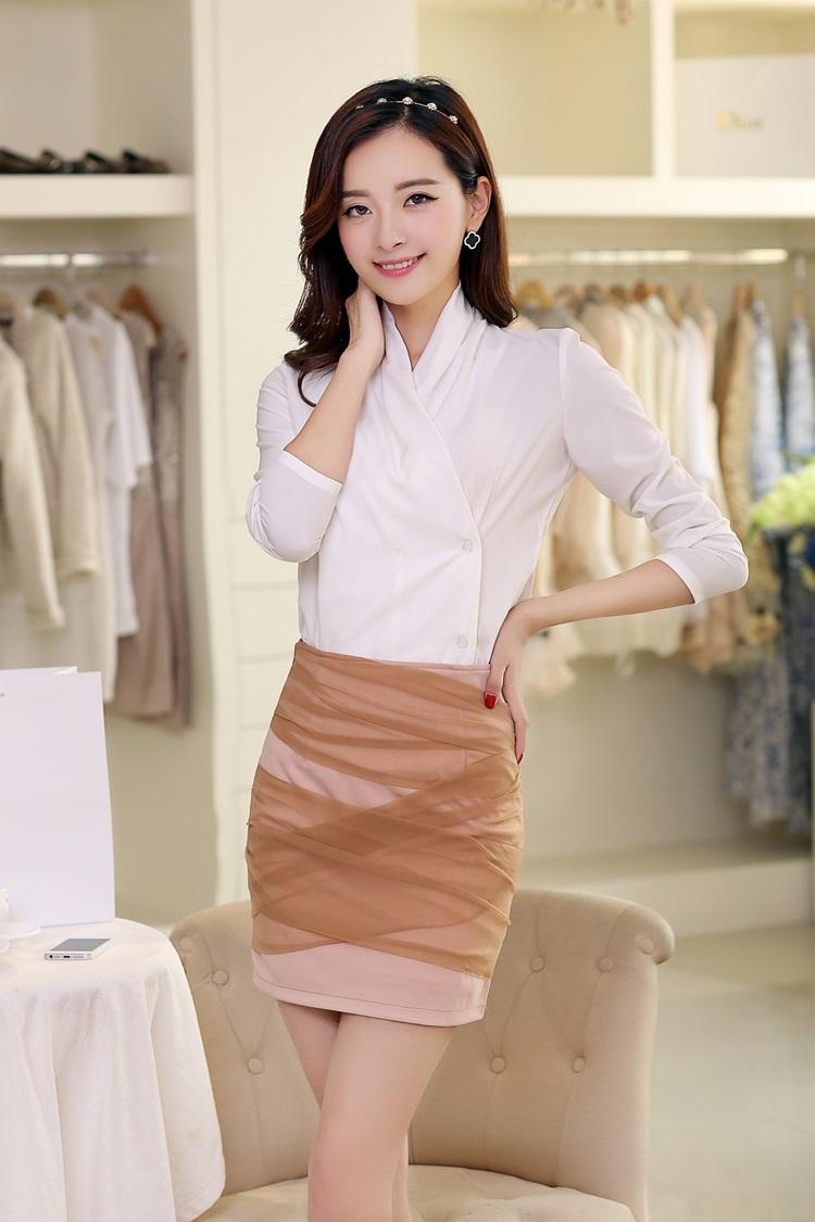 เสื้อผ้าแฟชั่น Set 2 ชิ้น เสื้อและกระโปรง จะใส่เที่ยวหรือใส่ทำงานก็สวยเก๋ไม่แพ้กันครับ