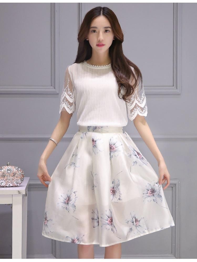 เสื้อผ้าแฟชั่นเกาหลี set เสื้อ และกระโปรงสวยมากๆ