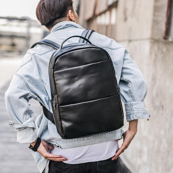 Pre-order ขายส่งกระเป๋าเป้หนังสะพายหลัง ใส่คอมพิวเตอร์ 14 นิ้ว เป้นักเรียน ผู้ชายเแฟขั่นเกาหลี รหัส Man-9204-7 สีดำ