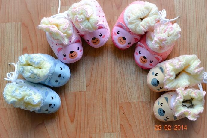 U016**พร้อมส่ง** (ปลีก+ส่ง) ถุงเท้ากึ่งรองเท้า (1-2 ปี) ผูกเชือก ไม่มีกันลื่น เนื้อดี งานนำเข้า ( Made in China)