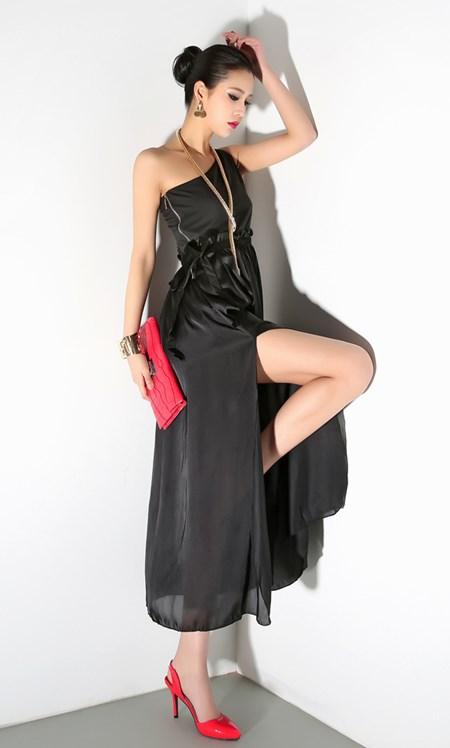 MAXI DRESS ชุดเดรสยาว ผ้าชีฟอง เปิดไหล่ สีดำ ใส่ออกงาน สวยเซ็กซี่มากๆครับ Thaishoponline (พร้อมส่ง)