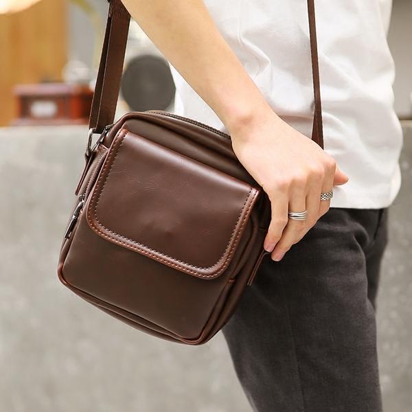 Pre-order กระเป๋าผู้ชายสะพายข้าง ใส่ ipad 8 นิ้ว แฟขั่นเกาหลี รหัส Man-9827 สีน้ำตาล