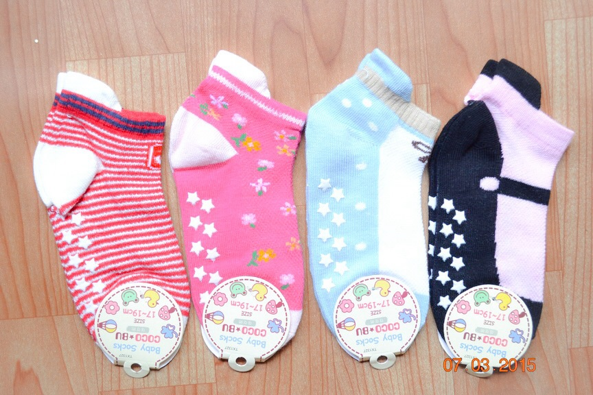 U040-6 **พร้อมส่ง** (ปลีก+ส่ง) ถุงเท้าเด็ก หญิง COCO & BU (ขนาด 17-19 cm.) มีกันลื่น และ มีหูด้านหลัง เนื้อดี งานนำเข้า ( Made in China)