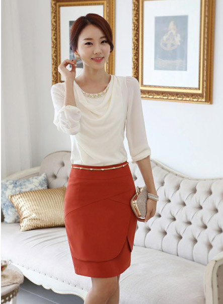เสื้อทำงาน เสื้อแฟชั่น เสื้อเกาหลี เสื้อแขนยาว ประดับมุกที่คอ ด้านหน้าผ้าสองชิ้น ชิ้นนอกผ้าชีฟอง เสื้อผ้ายืด สีขาว สวยมากๆ (พร้อมส่ง)