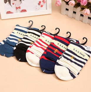 S339**พร้อมส่ง** (ปลีก+ส่ง) ถุงเท้าแฟชั่นเกาหลี ข้อยาว คละ 5 สี มี 10 คู่/แพ็ค เนื้อดี งานนำเข้า(Made in China)