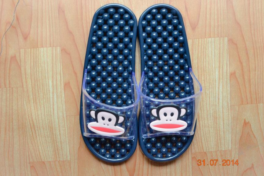 K011-BL **พร้อมส่ง** (ปลีก+ส่ง) รองเท้านวดสปา เพื่อสุขภาพ ปุ่มเล็ก ลิง Pual Frank สีกรมท่า ส่งคู่ละ 150 บ.