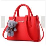 พร้อมส่ง กระเป๋าถือและสะพายข้างใบเล็ก ผู้หญิง แฟชั่นสไตล์เกาหลี รหัส KO-699 สีแดง 1 ใบ *แถมตุ๊กตาหมี