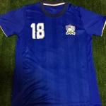 เสื้อฟุตบอลทีมชาติไทย ติดอาร์มบอลโลก และ ชื่อเบอร์นักฟุตบอล สีน้ำเงิน