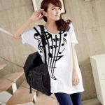 เสื้อยืดเกาหลี ตัวยาว ลาย ตัวโน้ต II สีขาว