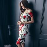 ชุดเดรสสั้น ผ้าคอตตอนผสม spandex เนื้อนุ่มมากพื้นสีขาว ลายดอกกุหลาบสีแดง