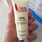 Aging Acne Foam โฟมล้างหน้าสูตรลดสิวโดยเฉพาะ