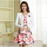 แฟชั่นเกาหลี set 2 ชิ้น เสื้อสูท + เดรส สวยสุดๆ มาพร้อมเข็มกลัดรูปดอกไม้ และเข็มขัดสีขาว เหมือนแบบ