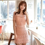 ชุดเดรส ชุดแซกเกาหลี Brand FLENKIY ชุดเดรสลูกไม้ ตัวชุดด้านหน้าผ้าถักสีชมพูโอรส คอเสื้อและเอวคาดด้วย ผ้าชีฟองสีชมพูโอรส สวยมากๆครับ (พร้อมส่ง)