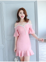 ชุดเดรสเกาหลี ผ้าโพลีเอสเตอร์ผสมสีชมพู สายเดี่ยว เปิดไหล่