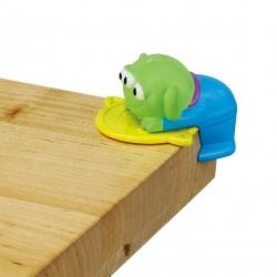 ที่กันขอบมุมโต๊ะ : Disney safety series corner guard Toy · Greenman