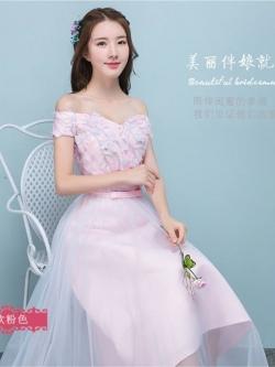 ชุดราตรียาว ออกงานสุดหรู ตัวเสื้อผ้าโปร่งปักด้วยด้ายเป็นลายเส้น ก้านดอกไม้สีเงิน