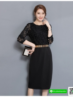 เดรสสีดำ ตัวเสื้อผ้ารูปดอกไม้สามมิติ ลายนูนออกมาจากตัวชุด ผ้ายืดได้เยอะ