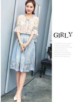 แฟชั่นเกาหลีน่ารักๆ set เสื้อและกระโปรงสวยหวานครับ