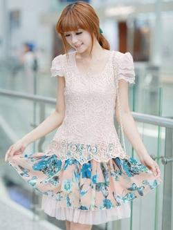 ชุดเดรสเกาหลี Brand Ai Fei ชุดเดรสสั้น ตัวเสื้อผ้าถักลายผีเสื้อ สีชมพูโอรส กระโปรงผ้าชีฟองลายดอกไม้ และผีเสื้อ สวยมากๆครับ (พร้อมส่ง)