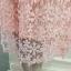 ชุดเดรสผ้าลูกไม้ ถักโครเชต์รูปดอกไม้สีชมพู คอเสื้อ ไหล่ และปลายแขนเสื้อ เป็นผ้าโปร่งซีทรูสีชมพู thumbnail 12