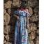 แมกซี่เดรสยาว ผ้าชีฟองเนื้อหนา พื้นสีฟ้า พิมพ์ลายใบไม้สีเขียว ดอกไม้สีขาว แดง thumbnail 6
