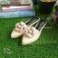 รองเท้าหัวแหลมแบบสวม ติดดอกคามิเลียพร้อม Logo CC thumbnail 4